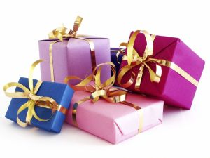 Christmas-Gifts-for-Parents-2