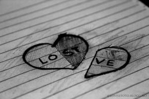 black-and-white-draw-heart-lost-love-Favim_com-284820