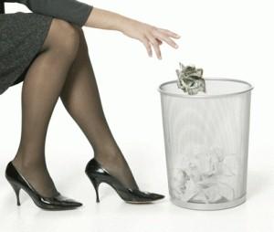 throw-money-away (2)